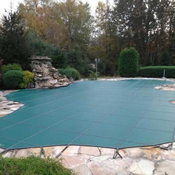 pool-closing